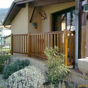 Menuiseries en Ariège rambarde en bois